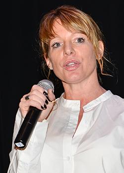Jacinda Lowry, directrice nationale des ventes
