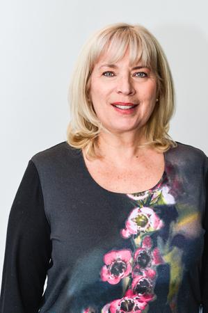 Lina Côté, directrice des ventes pour l'Est du Canada pour Exotik Tours, Boomerang Tours et Carte Postale Tours