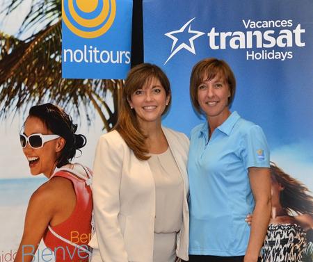 Maryse Martel, directrice commerciale de Vacances Transat et Nolitours et Sylvie Murdoch, superviseure aux ventes