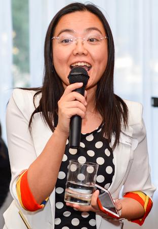 Aurore Liang, Agente séniore de Tours Chine