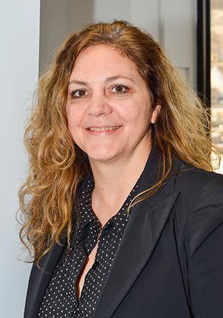 Sylvie Ménard, conseillère spécialisée en vins pour Syme Connections