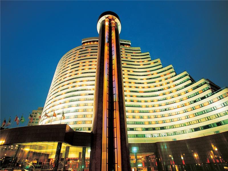 Bientôt la naissance d'un géant de l'hôtellerie ?