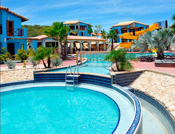 Paxnouvelles curacao for Club piscine pointe claire