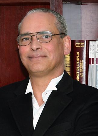 Maitre Daniel Guay, avocat spécialisé en droit du voyage