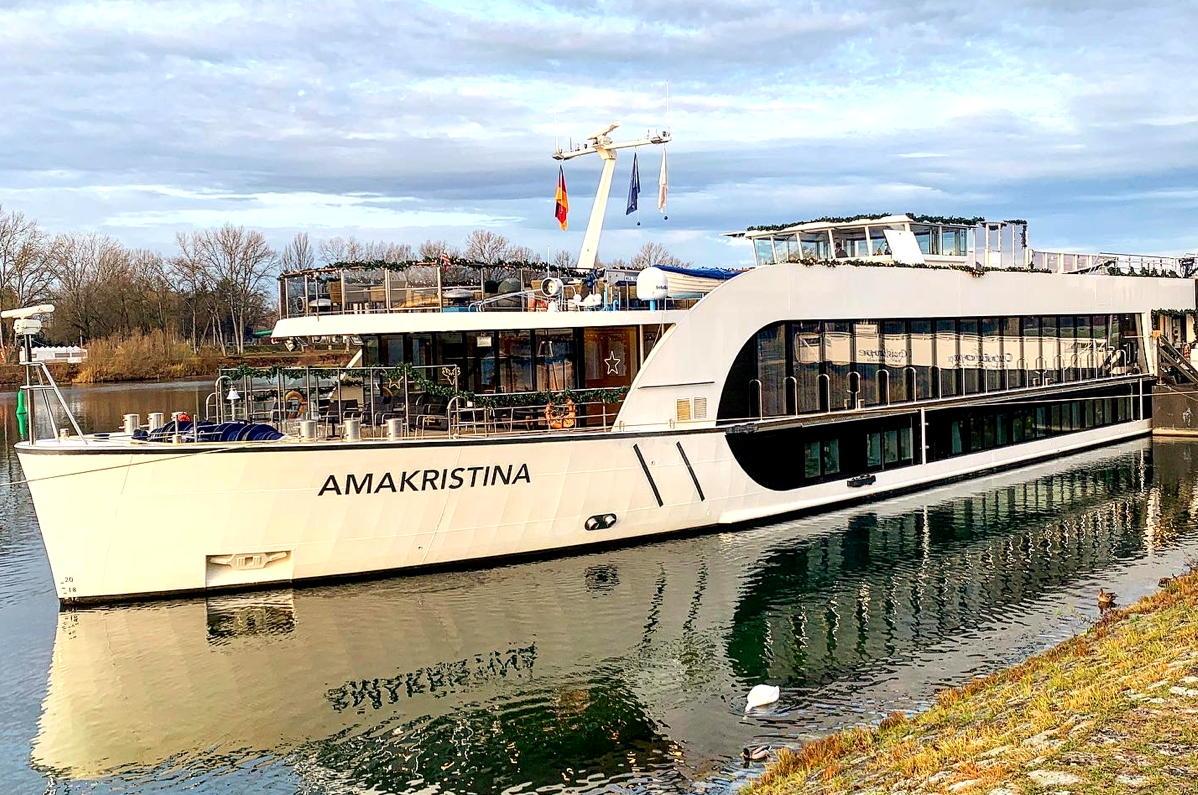 Le luxueux AmaKristina. Navire fluvial de 156 passagers d'AmaWaterways, vu ici à Breisach.