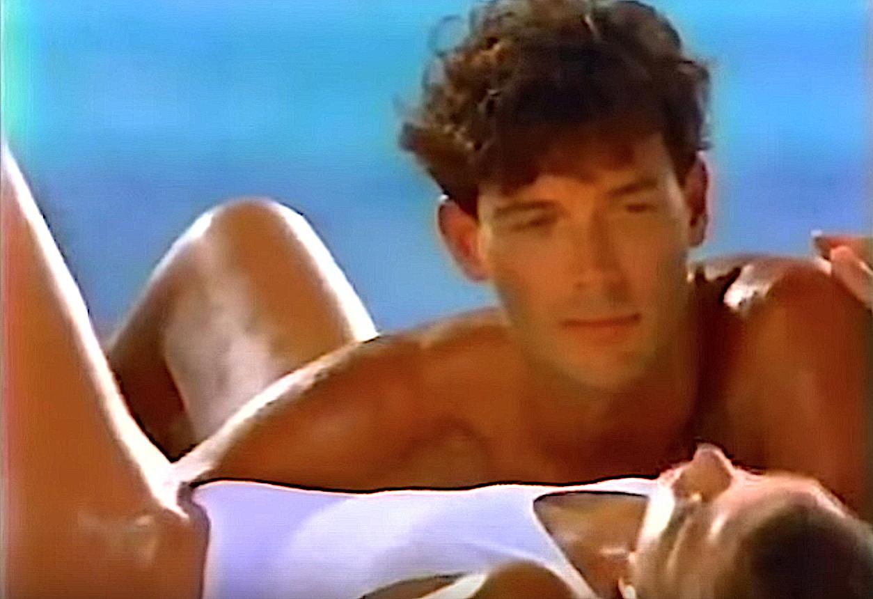 Beaucoup de choses ont changé au Club Med depuis les années 1980. Source: YouTube