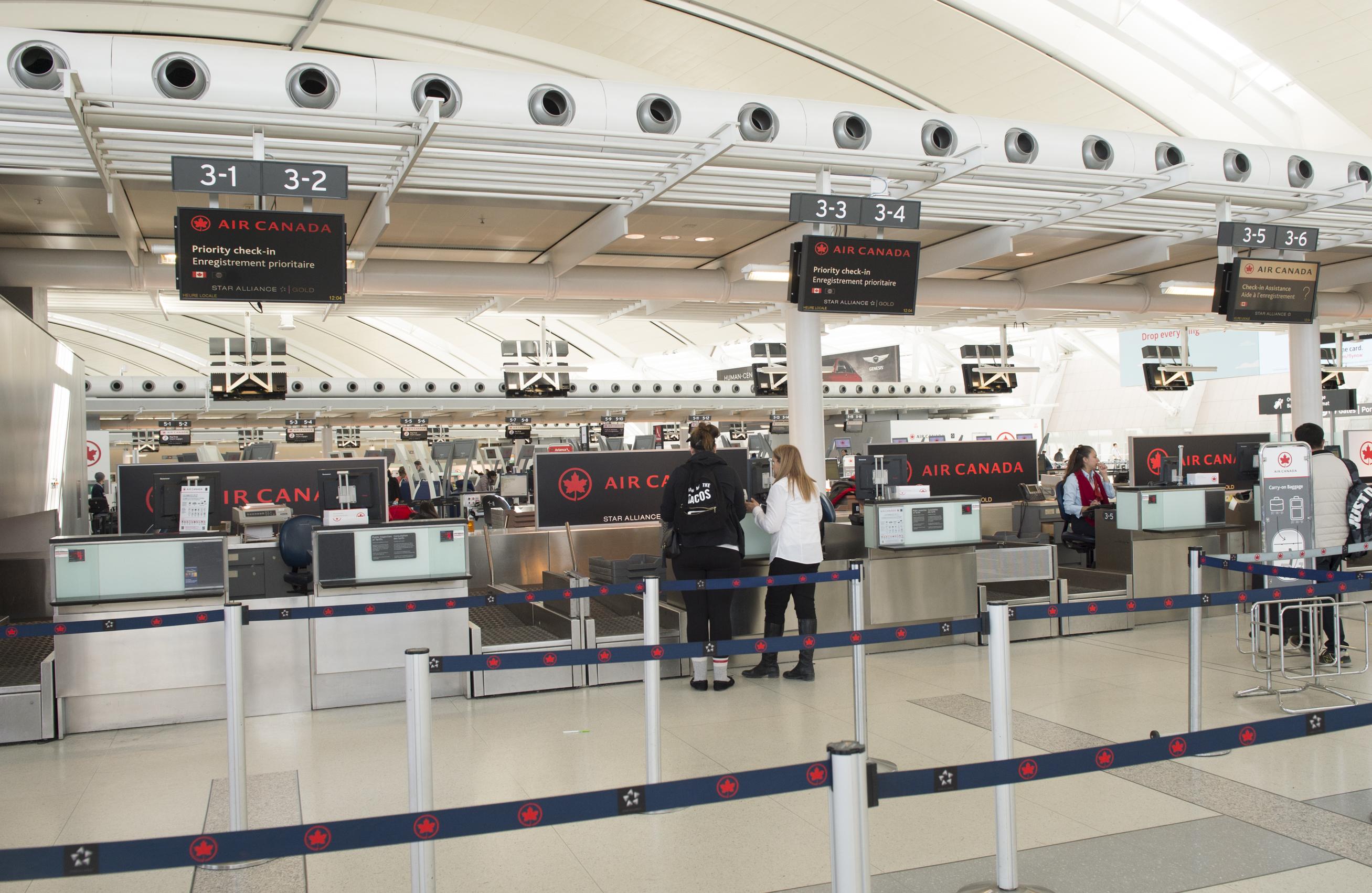 L'enregistrement pourrait prendre beaucoup plus de temps à l'ère des voyages aseptisés. Photo: Air Canada.