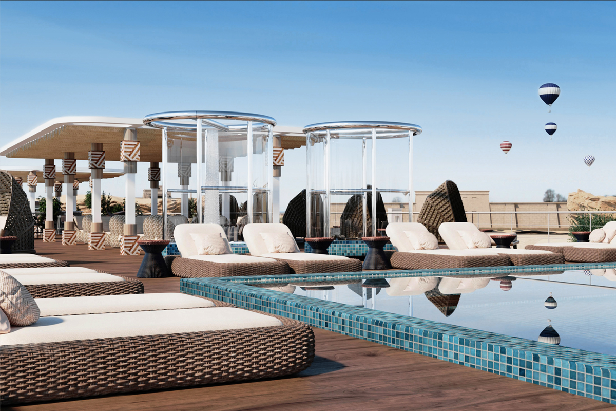 La terrasse de la piscine de l'AmaDhalia, un navire de 68 passagers qui transportera des passagers sur le Nil en septembre 2021.