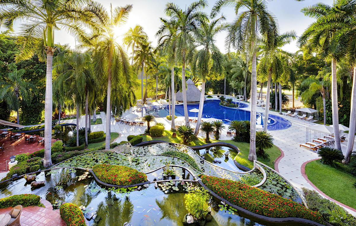 La Casa Velas est une oasis de caractère réservée aux adultes, orientée golf dans le quartier chic de Marina Vallarta à PV. (Velas Resorts)
