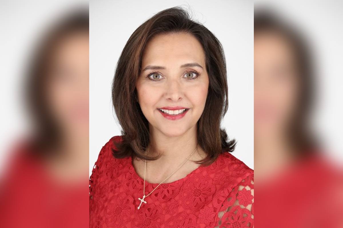 Dondra Ritzenthaler, vice-présidente des ventes chez Celebrity Cruises.