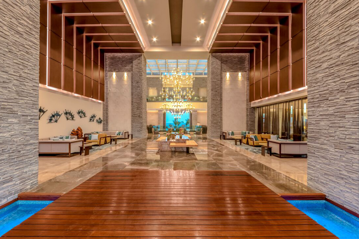 Le lobby du Haven Riviera Cancun Resort & Spa.