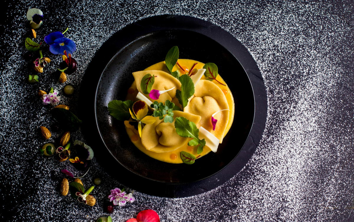 Affamé ? Tortellone di Zucca est l'un des nombreux plats raffinés servis à Lucques. (Velas Resorts)
