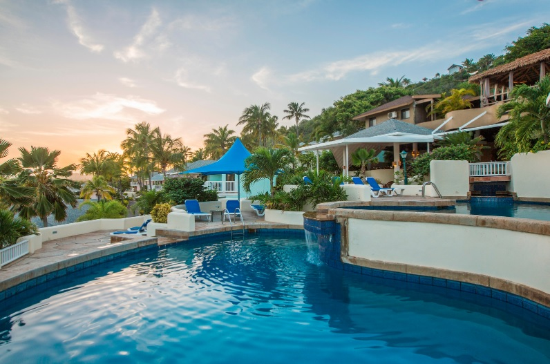 Le St. James's Club and Villas dispose d'une piscine réservée aux adultes et réservée aux adultes.