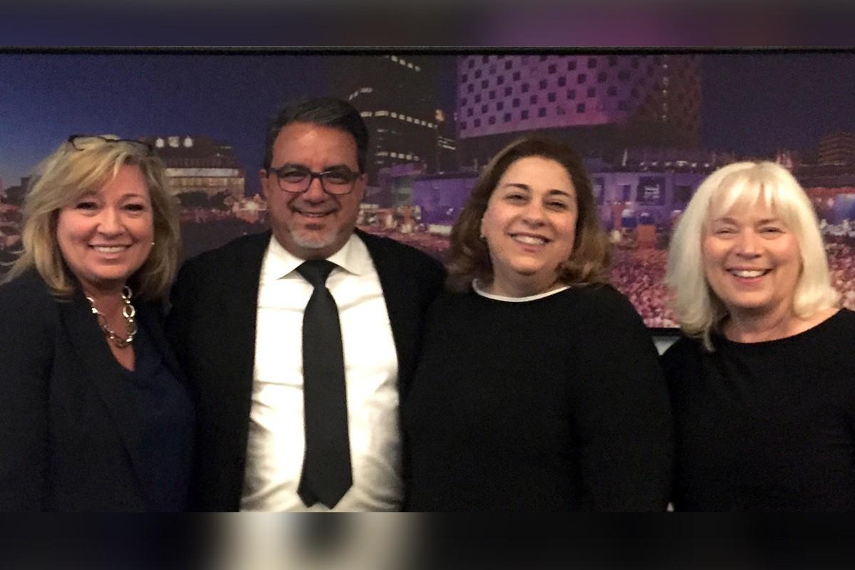 Diane Lattavo, Frank DeMarinis, Nathalie Tanious et Lina Côté, lors du lancement de TravelBrands au Double Tree by Hilton Montréal en avril 2019.