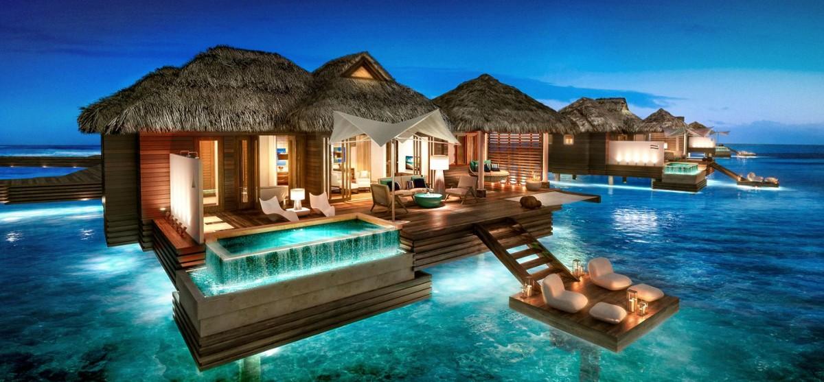 Les villas sur pilotis du Sandals Royal Caribbean disponibles à la réservation