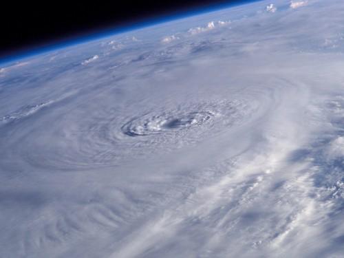 L'ouragan Matthew frappe Haïti et menace toujours Cuba