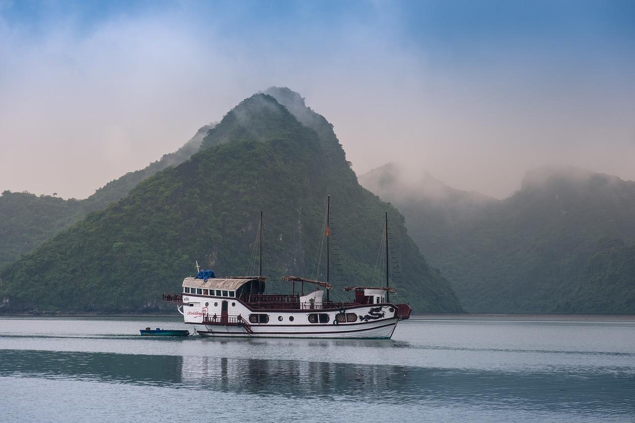 Eco-tourisme au Viêt Nam avec Ha...