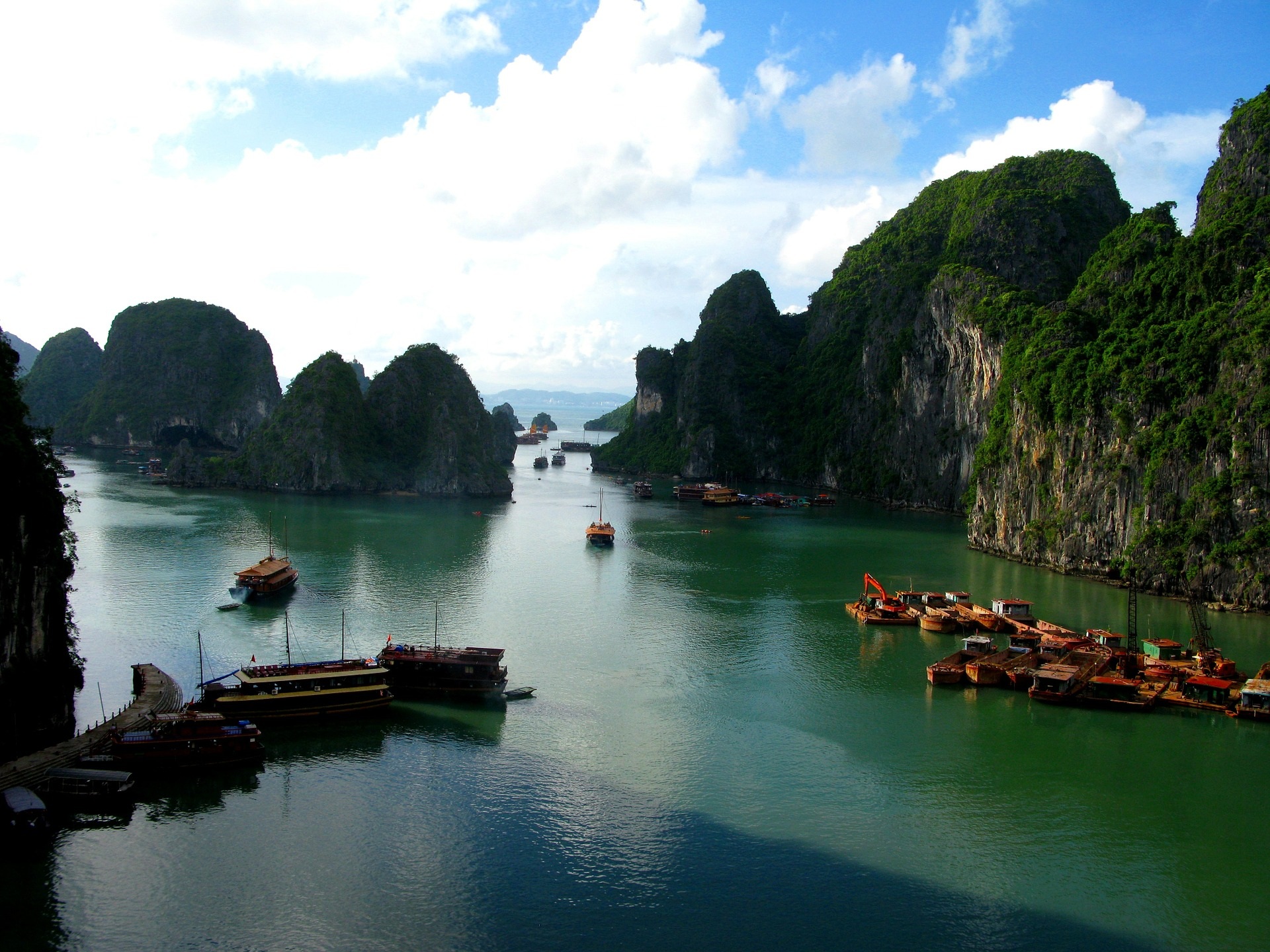 Famtour au Vietnam, Route des ph...