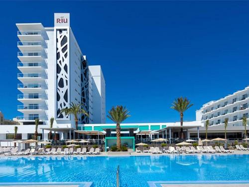 RIU mise sur le tourisme familial à Torremolinos et présente le ClubHotel Riu Costa del Sol