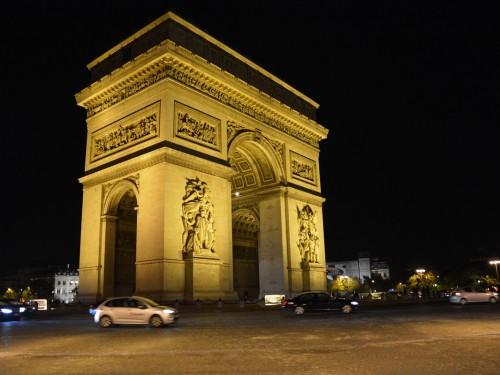 Fusillade sur les Champs-Élysées : et le tourisme alors?