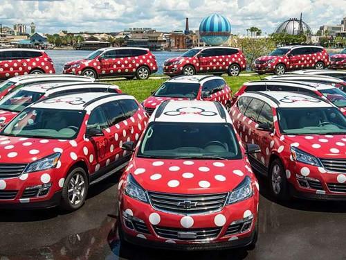 """Tous à bord de la """"Minnie Van"""" !"""