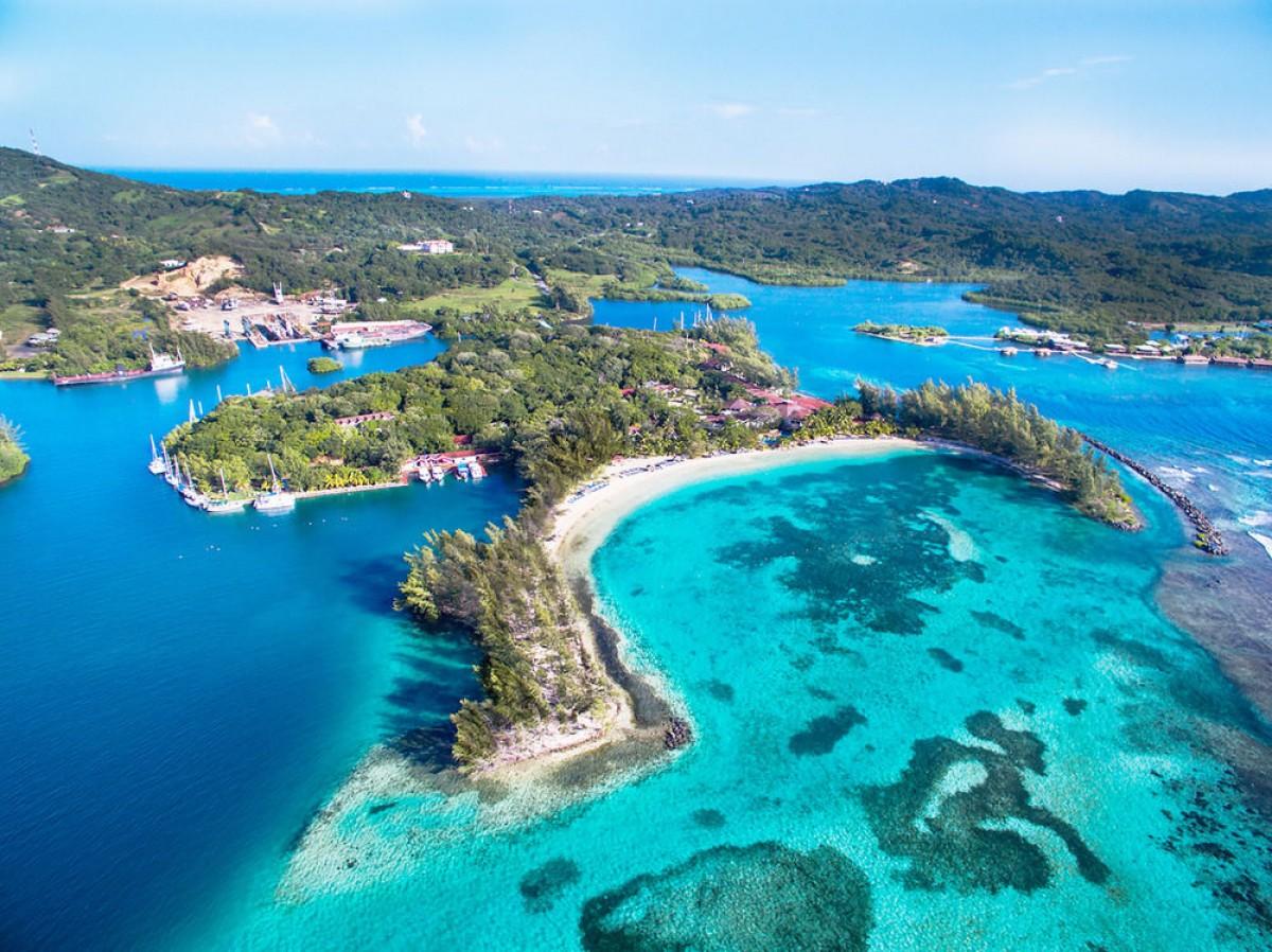 PAXnouvelles  Fantasy Island Beach Resort au Roatan une
