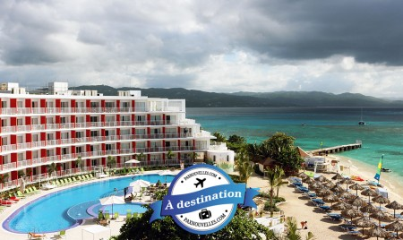 PAX à destination : Une semaine au Royal Decameron Cornwall Beach