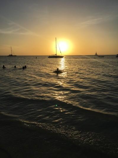 Coucher de soleil incandescent sur Aruba !