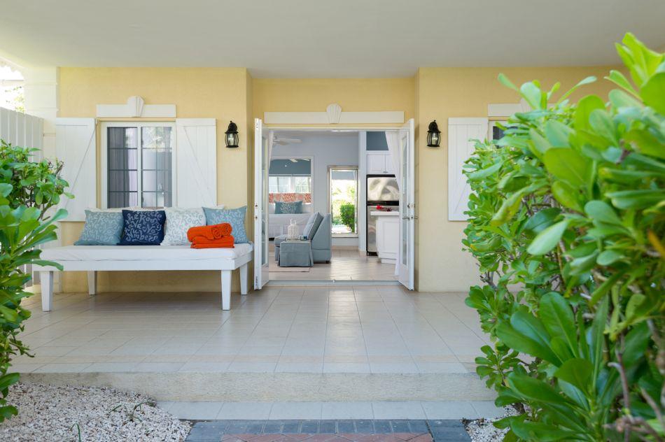 Beach-House_281015_071448560308.jpg