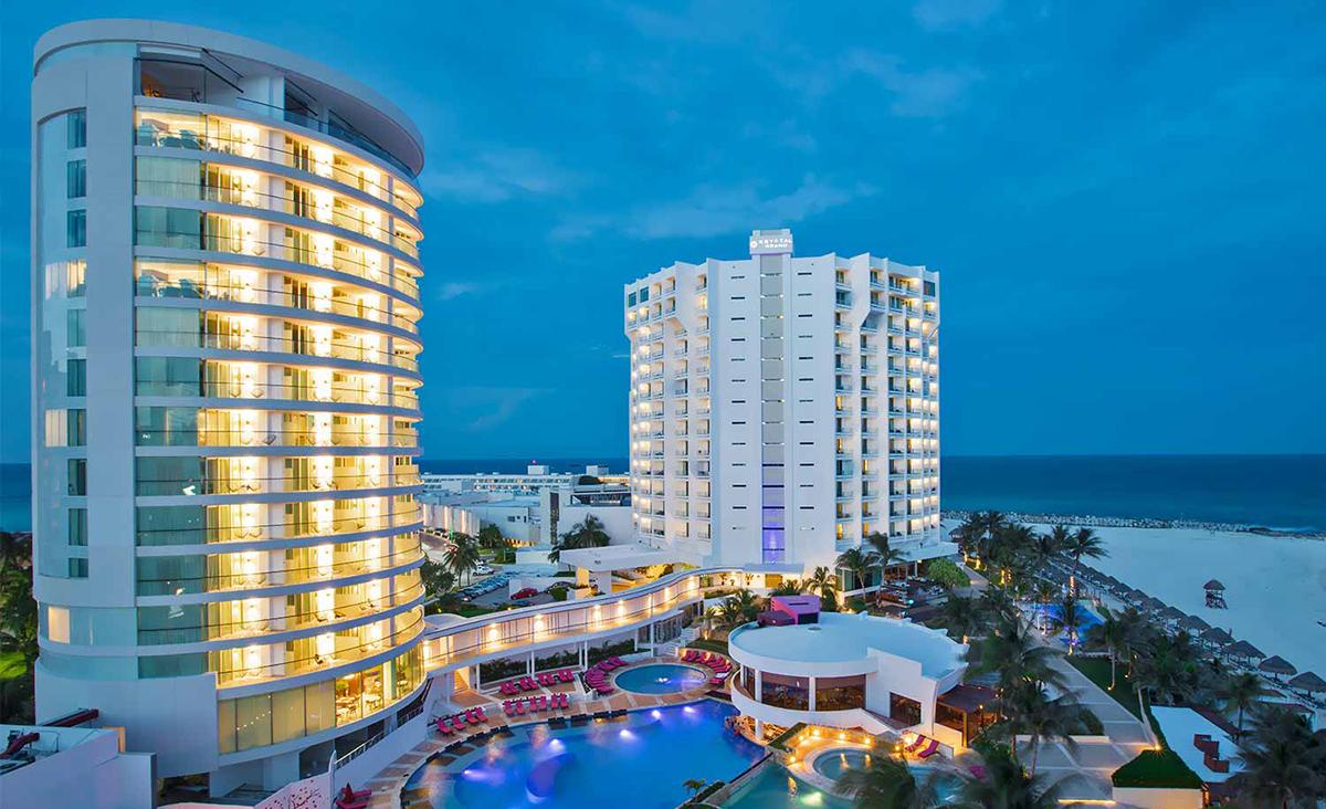 Le Krystal Grand Punta Cancun ouvre sa nouvelle section, Altitude Tower