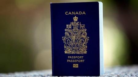 Pourquoi il ne faut jamais signer le passeport de ses enfants