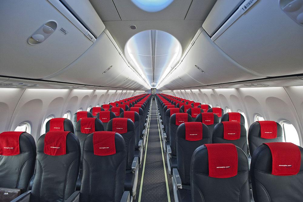 norwegian-flight-interior.jpg