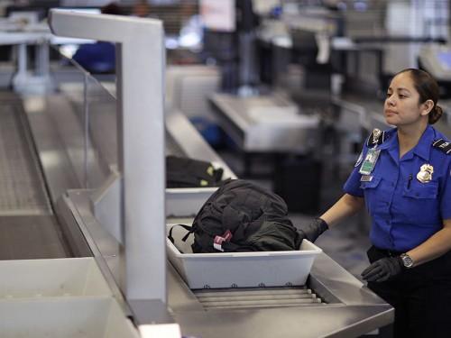 La TSA restreindra les poudres dans les bagages à main