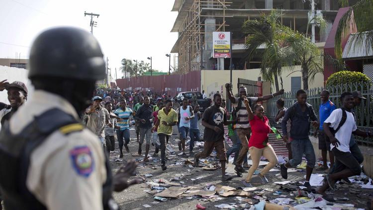 Haïti : Ottawa demande aux Canadiens d'éviter le pays