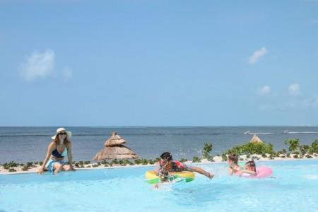 La section Aguamarina du Club Med Cancún Yucatán double en taille