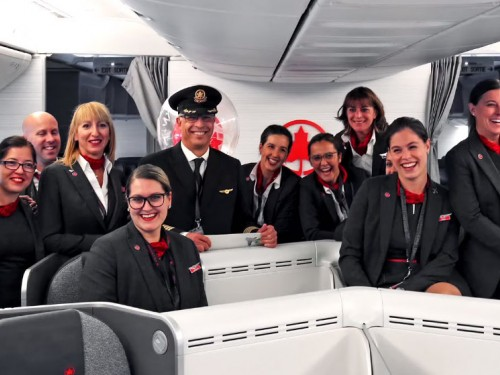 Un pilote d'Air Canada souligne ses 40 ans de vols