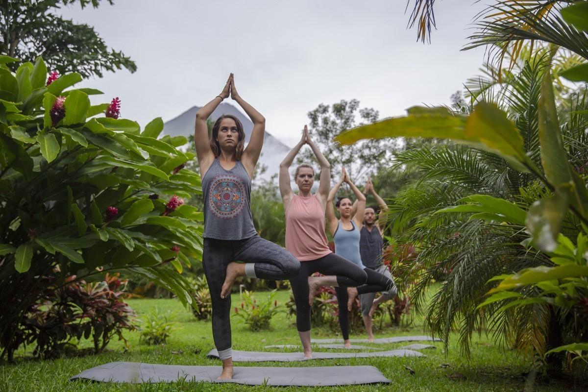 G Adventures courtise les amoureux du yoga