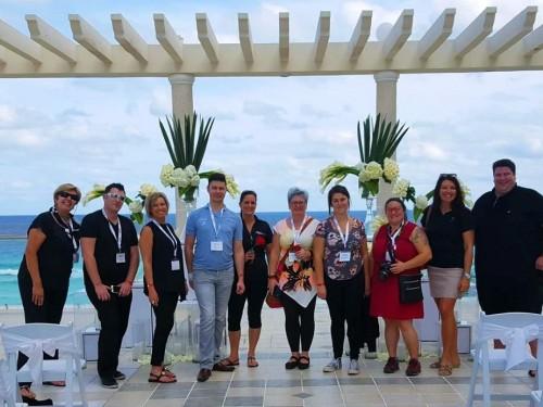 8 agents de Voyages en Direct formés en exclusivité sur les hôtels Sandos
