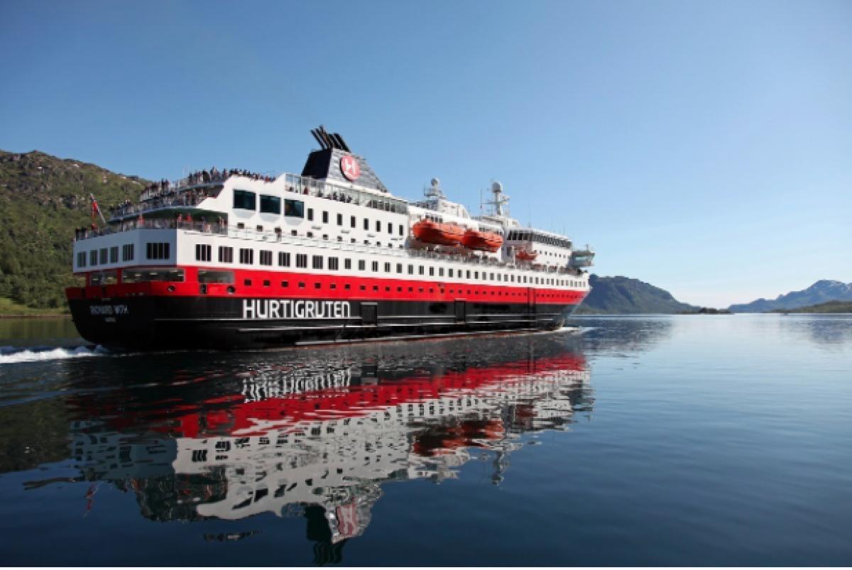 Hurtigruten : du poisson mort pour faire avancer ses navires