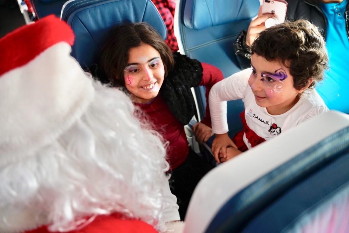 Un 14e vol avec le père Noël pour Air Transat et la Fondation Rêves d'enfants