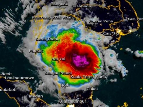 La tempête tropicale Pabuk frappe le sud de la Thaïlande