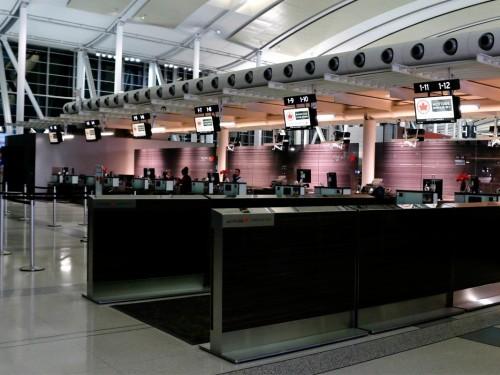 Air Canada n'accepte plus d'argent comptant dans les aéroports canadiens