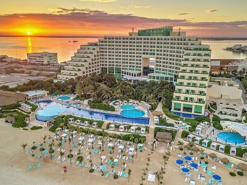 Le Live Aqua Cancun rouvre ses portes après rénovation