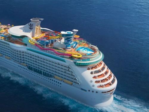 Royal Caribbean : la première croisière du Navigator of the Seas annulée
