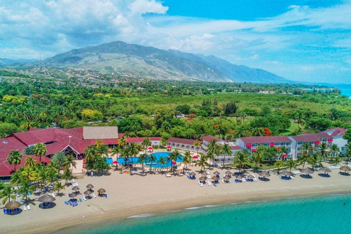 Haïti : des touristes québécois coincés dans leur hôtel