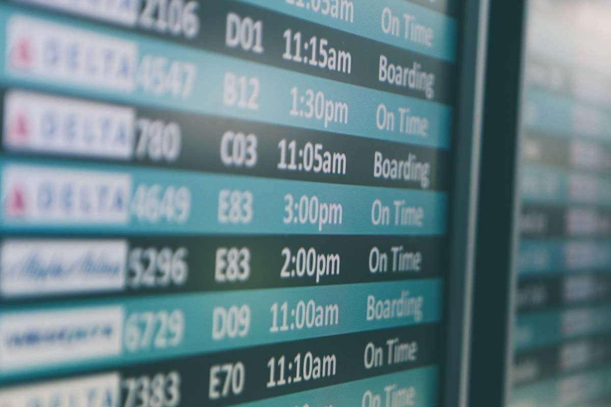 Transport aérien : c'est quoi le problème avec les « prix de base » ?