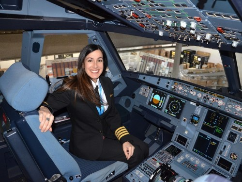 Semaine mondiale des femmes de l'aviation : Martine Olivier, pilote pour Air Transat
