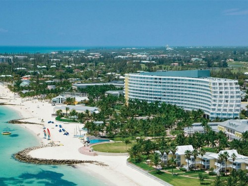Royal Caribbean achète le Grand Lucayan Resort pour 65 M $