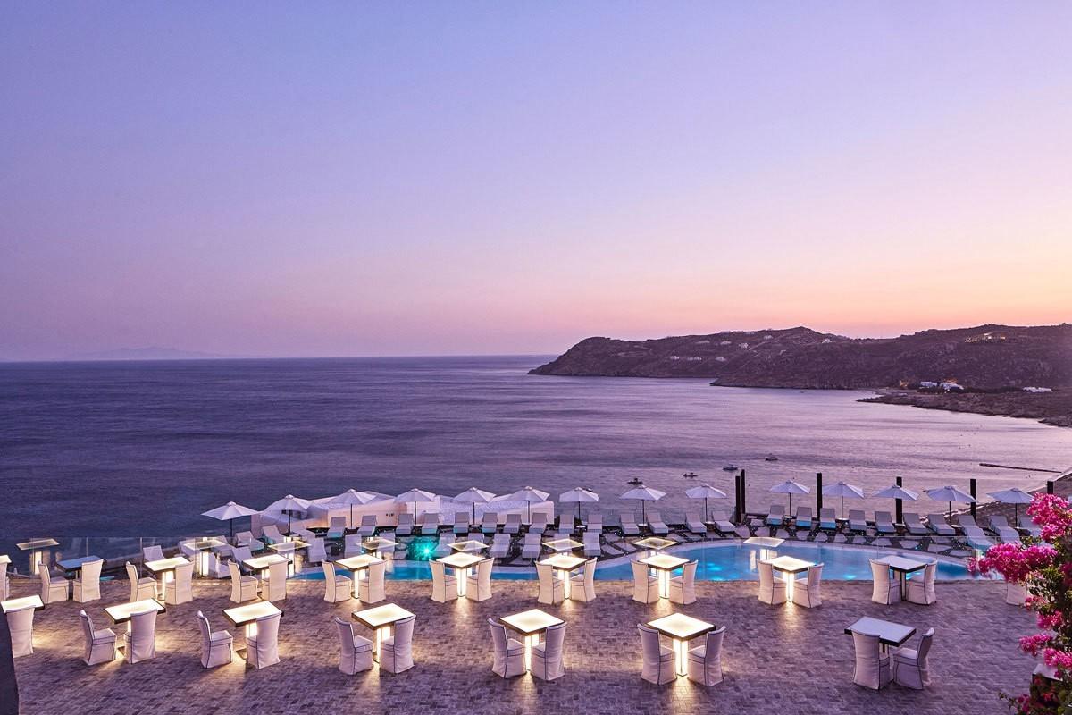 Séjour 5 étoiles au Royal Myconian Resort & Villas : dormir sous un ciel céleste