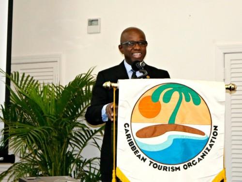 Hugh Riley, secrétaire général de la CTO, annonce son départ à la retraite